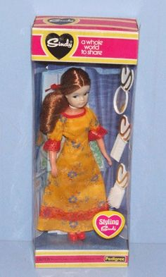 Sindy 1980 I didn't have these as I can't stand dolls but my sister had loads Sindy Doll, Doll Toys, Vintage Barbie, Vintage Dolls, Fur Wrap, Dream Doll, Barbie Accessories, Ol Days, Barbie Dress