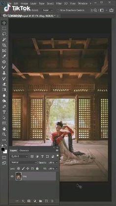 Photoshop Video, Photoshop Design, Photoshop Tutorial, Graphic Design Lessons, Graphic Design Tutorials, Formation Photoshop, Montage Photo, Photoshop Illustrator, Photoshop Photography