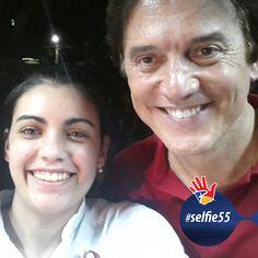Hora da selfie! A eleitora Lídia Guedes aproveitou para registrar o encontro com o FUTURO GOVERNADOR DO RN! #selfie55