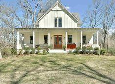 View 36 photos of this $698,500, 3 bed, 4.0 bath, 2877 sqft single family home located at 292 Morgan St, Senoia, GA 30276 built in 2015. MLS # 8149680.