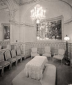 Rare photos of the Salt Lake Temple with historic interior photos. This is an amazing collection. Lds Pictures, Church Pictures, Temple Pictures, Mormon Temples, Lds Temples, Mormon History, History Facts, Later Day Saints, Temple Square