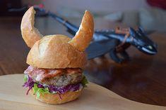 Viking Burger Recipe Main Dishes, Lunch with burger buns, havarti cheese, bacon… Viking Birthday, Dragon Birthday, Dragon Party, Vikings, Viking Food, Viking Party, Burger Buns, Burgers, Festa Party