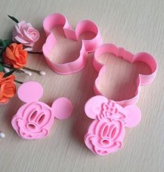 Cookie Cutter (Mickey Mouse & Minnie Mouse) - Wholesale Price Cake ...