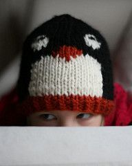 Ravelry: Penguin Pal Hat pattern by Lucie Sinkler Beginner Knitting Patterns, Knitting For Beginners, Knitting Projects, Crochet Projects, Crochet For Boys, Knitting For Kids, Baby Knitting, Baby Blanket Crochet, Crochet Baby