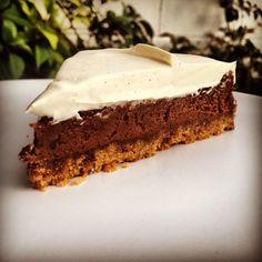 Cadbury's Cheesecake and Vanilla Whipped Cream @siropedefresa.com