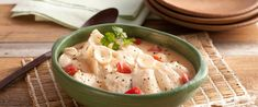 Peixe ao Coco. Receita de peixe ensopado com leite de coco e tomate. REceita com peixinho e leite Ninho
