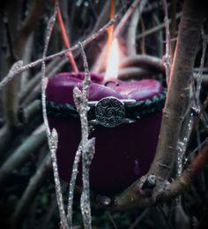 Las velas violetas sirven para trasmutar las malas energías y enfermedades...