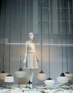 window display | visual merchandising | lights