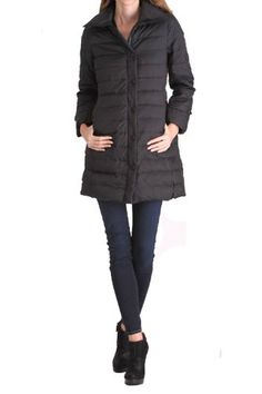 Happy Goat Lucky Riverside above the knee down coat with hidden zipper side pockets.Size S, Black.