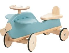 Blue airplane ride on toys from Moulin Roty Wooden Wheel, Bois Diy, Ride On Toys, Designers Guild, Wood Toys, Diy Toys, Toys For Boys, Kids Furniture, Kids And Parenting