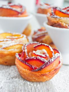 This peach plum rose tarts recipe looks like it's made at a fancy patisserie while in fact it's simple with just a few tips! A pure fruit…