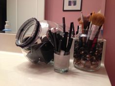 Easy (and adorable) DIY MakeUp Storage