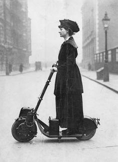 The suffragette who rode a scooter in 1916 - There is just so much awesome happening in this picture!
