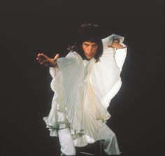 Freddie in a whole new costume in 1978