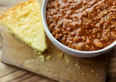 Low-carb keto chili recipes without beans made with ground vegetables or ground beef. Low-carb keto chili recipes without beans made with ground vegetables or ground beef. Texas Chili Recipe No Beans, Keto Chili Recipe, Chili Recipes, Keto Recipes, Game Recipes, Soup Recipes, Cookie Recipes, Healthy Recipes, Cookies