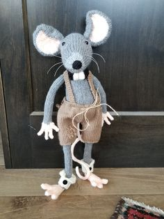Some Times, Old And New, Rats, Repurposed, Knitting Patterns, Objects, How To Make, Character, Rat
