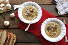 Beef and Mushroom Soup - Make delicious beef recipes easy, for any occasion Beef Broth, Vegetable Stock, Mushroom Soup, Food Styling, Beef Recipes, Stuffed Mushrooms, Easy Meals, Low Carb, Vegetables