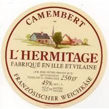 "Résultat de recherche d'images pour ""etiquettes de camembert"" Vintage Labels, Vintage Posters, Vintage Art, Decoupage, Kitchen Labels, French Cheese, Cheese Shop, Farm Stand, Knobs And Pulls"