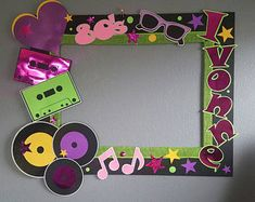 A Graduation photo frame. It can be personalized with the school's colors, mascot, name and year. Assembly required for the photo frame, all pieces will be adhere to the frame, very easy assembly. Disco Theme Parties, 80s Birthday Parties, Birthday Party Themes, 21st Birthday, Baseball Birthday, Baseball Party, Party Photo Frame, Party Frame, Photo Booth