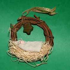 Tales of a Trophy Wife: Away in a Manger Ornament
