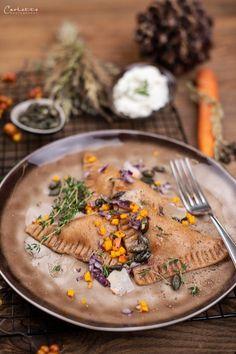 Topfen, Topfen Teigtaschen, Topfen Teigtasche, Teigtasche, Teigtaschen,  Topfen Rezept, Topfen Teigtaschen Rezept, Teigtasche Rezept, Topfen Teigtasche  Rezept, Teigtaschen Rezept, Topfen Teigtaschen mit Gemüse, Gemüse Rezepte,  Veggie, Healthy Food Blogs, International Recipes, Creative Food, Easy Peasy, Hummus, Pasta Recipes, Camembert Cheese, Good Food, Favorite Recipes
