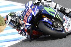 Gran Premio de Japón MotoGp:  Lorenzo lidera. Lesiones de Pedrosa y Laverty