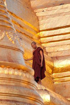 Shwedagon, Yangon, Myanmar http://exploretraveler.com