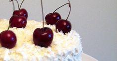 ¡Esta tarta es una maravilla! Suave, delicada, jugosa,.. todos los adjetivos se quedan cortos para describirla.  La tarta perfecta... Cherry, Gluten, Pudding, Fruit, Desserts, Bananas, Food, Ideas, World