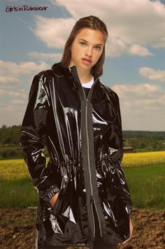 Black Raincoat, Yellow Raincoat, Rain Slicker, Vinyl Clothing, Rainy Day Fashion, Pvc Vinyl, Raincoats For Women, Rain Wear, Unisex