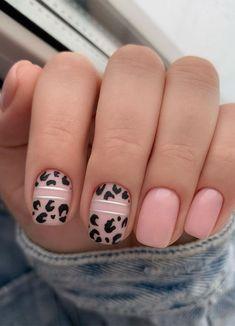 Short Pink Nails, Short Gel Nails, Pink Leopard Nails, Blue Nails, Tulip Nails, Beautiful Nail Designs, Nail Art Flowers Designs, Leopard Nail Designs, Art Designs