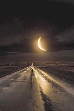 Read Paisagens from the story Fotos Para Capas by BigFoxBlack (Honey tuctuc) with 938 reads. Beautiful Moon, Beautiful World, Beautiful Places, Beautiful Pictures, Stars Night, Landscape Photography, Nature Photography, Photography Tips, Digital Photography