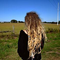 Beautiful crazy,natural hair :)