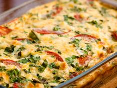 Keto Chili Rellenos Casserole has layers of cheese, peppers, and baked eggs on top. Easy and tastes just like the chili relleno dish at your favorite restaurant. Breakfast Potato Casserole, Breakfast Bake, Tomato Breakfast, Mexican Dishes, Mexican Food Recipes, Dinner Recipes, Chili Relleno Casserole, Low Carb Sweet Potato, Musaka