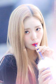 Kpop Girl Groups, Korean Girl Groups, Kpop Girls, My Girl, Cool Girl, Pre Debut, Sistar, Beautiful Asian Girls, Little Princess