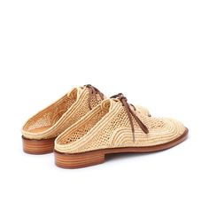Jaly Mules Raffia Lace Making, Cotton Lace, African Art, Lace Up Shoes, Shoes Online, Hand Weaving, Sandals, Leather, Fashion