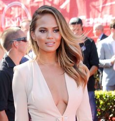 Chrissy Teigen at The 2014 ESPYs. Hair by Jen Atkin. Makeup by Lauren Andersen.