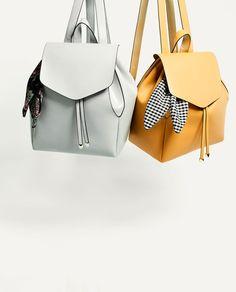 изображение 1 из РЮКЗАК С ПЛАТКОМ от Zara