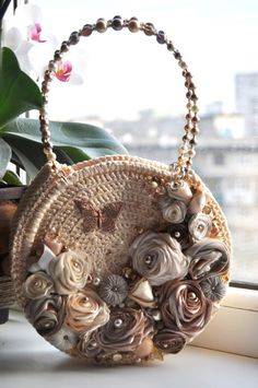 I invite you to distance learning. Diy Crochet Basket, Bag Crochet, Crochet Handbags, Crochet Purses, Unique Handbags, Handmade Handbags, Handmade Bags, Purses And Handbags, Diy Handbag