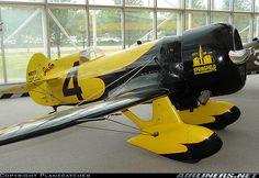 """Gee Bee   """"City of Springfield"""": Gut zu wissen, wie ein CHECK MY CAR-Flugzeug aussehen würde."""