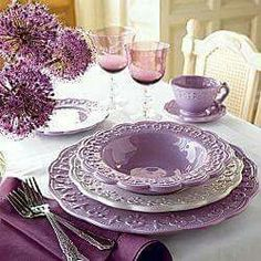 Lavender Dining Room Sets Inspirations for Valentine Day Purple Table Settings, Beautiful Table Settings, Dining Room Sets, Table Violet, Lavender Cottage, Lavender Tea, Lavander, Purple Kitchen, Purple Home