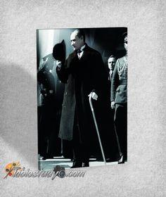 Atatürk - Türkiye'nin En Büyük Kanvas Tablo Mağazası Tablostudyo.com  http://www.tablostudyo.com/ataturk-c39.html
