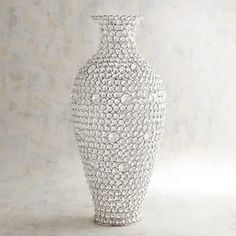 Imagine this: A vase that stuns before you ever even fill it! That's what you can expect from our handcrafted clear gems vase, which shimmers from every angle and can stand alone or play host to dried florals. Mosaic Vase, Mosaic Diy, Mirror Mosaic, Tall Vase Decor, Vases Decor, Glass Ceramic, Glass Vase, Mirror Panel Wall, Peacock Wall Art