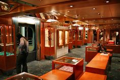 MSC Sinfonia. Msc Cruises, Roadtrip, Travel Inspiration, Tourism, Hotels, Bucket, Deck, Shops, African