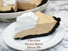 Chocolate Peanut Butter Dream Pie!  {with an Oreo crust and creamy peanut butter filling... this pie is sure to please!} #peanutbutter #pie #recipes
