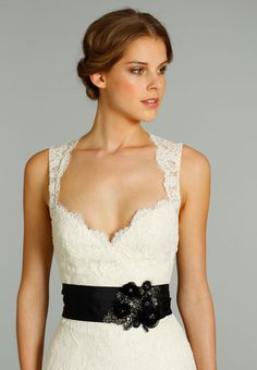 Jim Hjelm Fall 2012 Collection. Beautiful top of the scalloped bodice and lace straps.