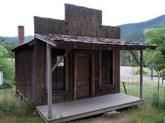 Ghost town of Buncom Oregon - Post Office