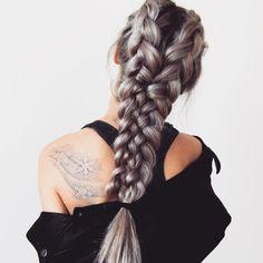 La tresse, coiffure préférée de la mariée aux longs cheveux