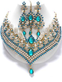 Indian Fashion Jewellery Unique and Exclusive Indian Fashion Jewelry sets, this fashion jewellery sets co. Unique and Exclusive Indian Fashion Jewelry sets, this fashion jew. Silver Jewellery Indian, Indian Wedding Jewelry, Bridal Jewelry, Silver Jewelry, Silver Ring, Silver Earrings, India Jewelry, Jewelry Sets, Moda India