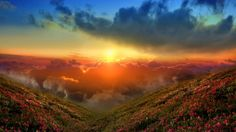 HD Spectacular Skies Wallpaper