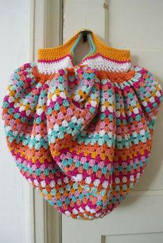 granny square bag crochet